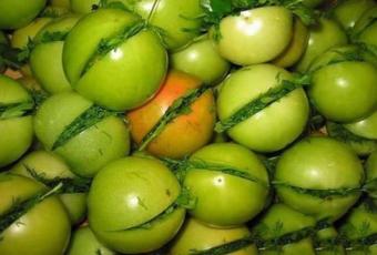 консервированные зелёные помидоры