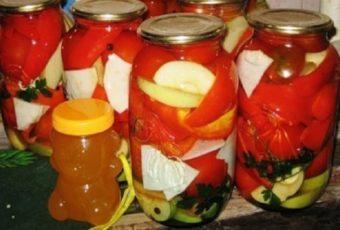 Консервируем салат из перца и помидоров в медовой заливке