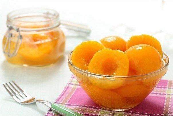 Консервированные персики - фантастический десерт.