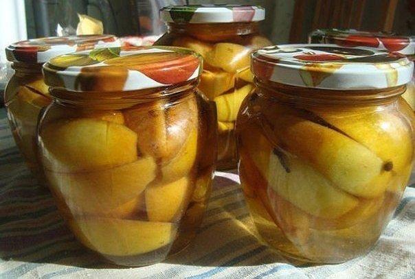 Яблочные дольки в сиропе