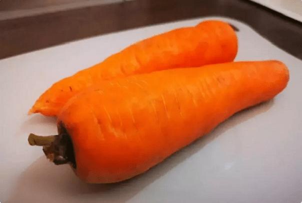 Мой способ как приготовить морковь для салатов намного вкуснее. Научил друг повар в ресторане