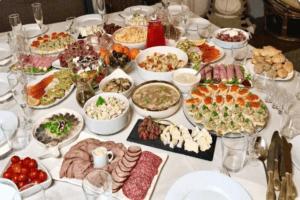 На День Рождения мужа все готовила сама. Хорошо, что все успела и всех накормила: мое меню