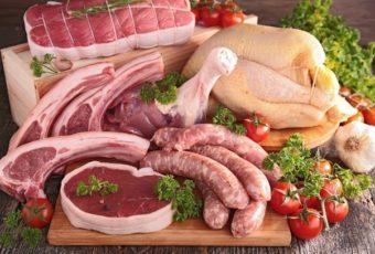 """Научилась еще в магазине определять качественное мясо от напичканного """"химией"""". Теперь научу и Вас"""