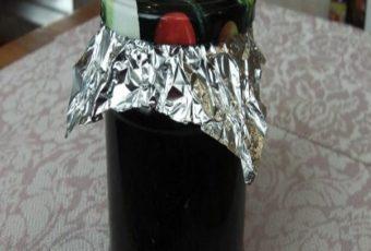 Винтовые крышки для закаток у меня служат много лет и не ржавеют (+ простой способ открыть крышку)