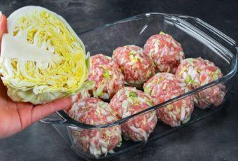 Добавьте капусту к фрикаделькам и запекайте их в духовке: они потрясающие, сочные и тают на языке!