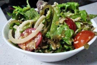 У соседки было новоселье, она угостила необычным и вкусным салатом. Выпросил рецепт и делюсь с Вами