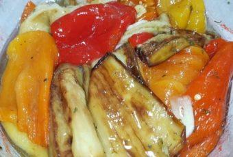 Салат из баклажанов и сладких перцев